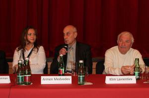 Chagall-Malevich-screening-in-Vienne-2014 (3).jpg